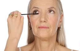 10 ошибок макияжа пожилых женщин
