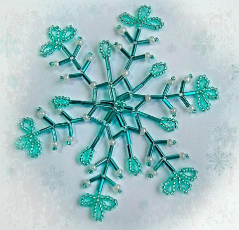Красивые снежинки из бисера и бусин — схемы