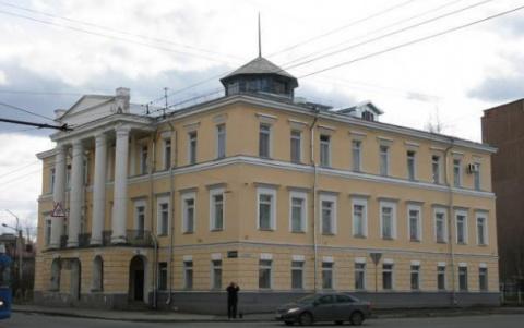 Правительство Карелии прокомментировало слухи о передаче здания гинекологии РПЦ