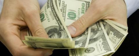 10 алчных компаний, заработа…