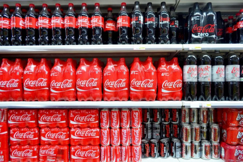 Макдоналдсу и Кока-Коле предложили отказаться от России