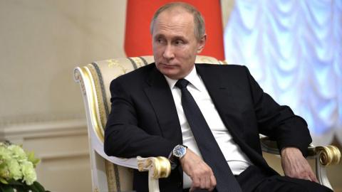 Путин пошутил про президентс…
