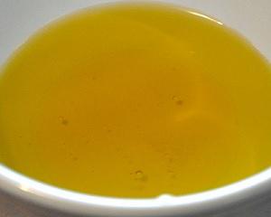 Мёд и оливковое масло для волос