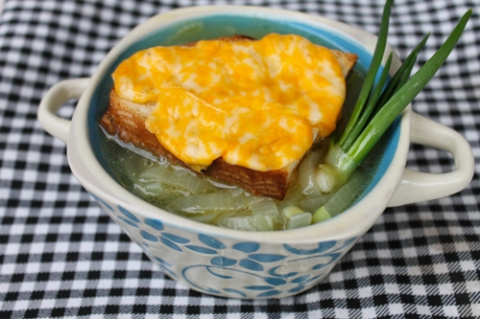 Французский луковый суп на русский манер
