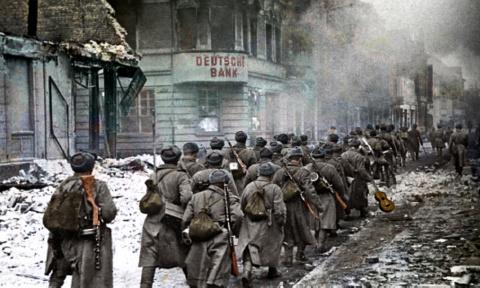 Красная Армия перед решительным ударом 1945 Апрель, Май