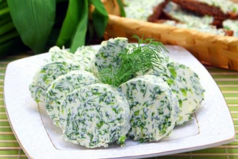 Сливочный домашний сыр с зеленью