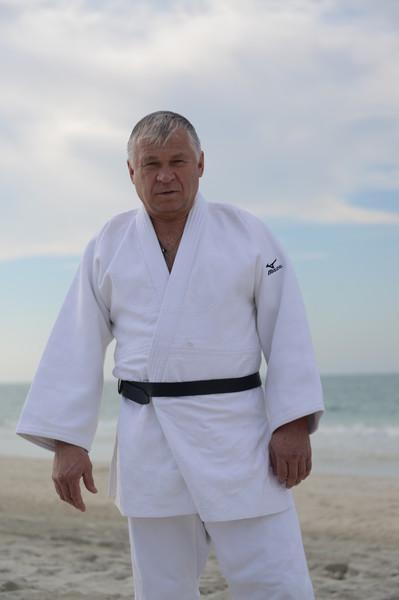 Александр Пузаков