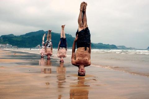 10 аксессуаров для занятий йогой всем, желающим сохранить молодость и найти счастье