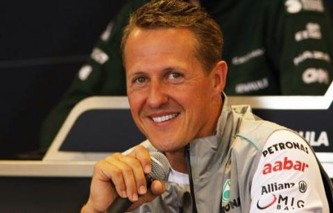 Кома не оставляет Шумахеру шансов.