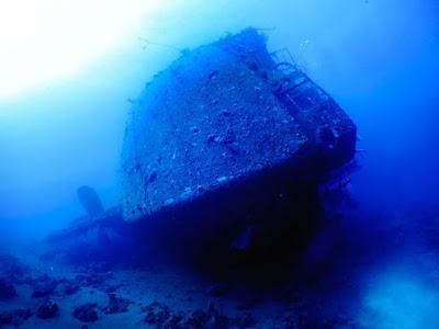 Подводные фото кладбища судо…