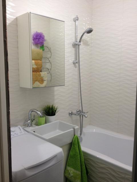 Очень маленькая ванная комна…