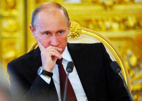 Это надо видеть! Путин ставит на колени американского посла.