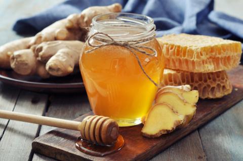 С чем полезно есть мёд