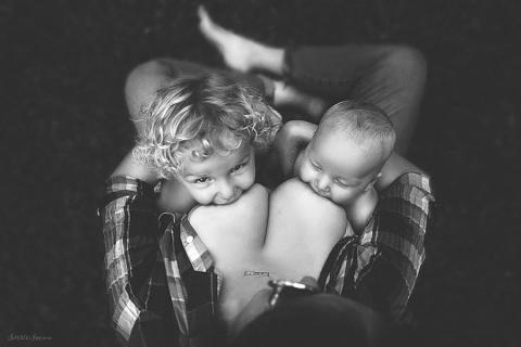 Потрясающие снимки кормящих матерей