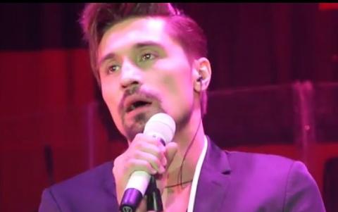 Шокирующее видео: Диме Билану стало плохо во время концерта