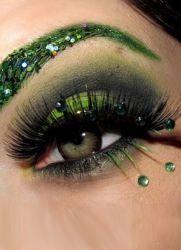 Макияж для каре-зеленых глаз.