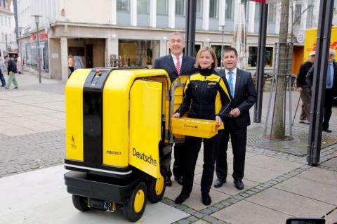 В Германии создали робота-помощника для почтальонов и курьеров