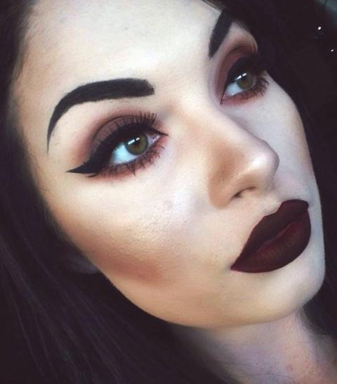 Больше цвета: 20 смелых красоток, доказавших, что яркий макияж это красиво