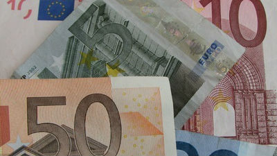 СМИ: Франция вернет России €…