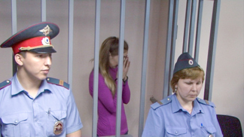 """Мать вышедшей из тюрьмы звезды """"Дом-2"""" :  """"Мне такая дочь не нужна!"""""""