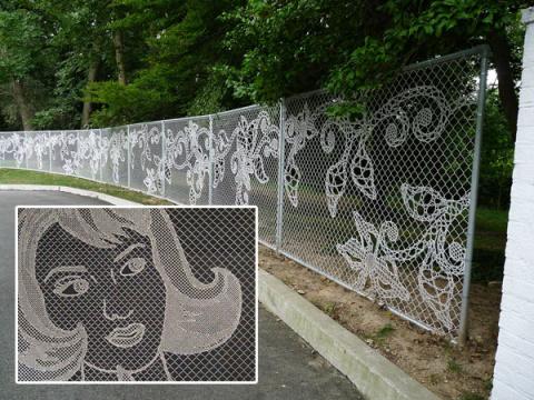 Делаем необычный забор: вышивка, мозаика и многое другое(Urban X Stitch)
