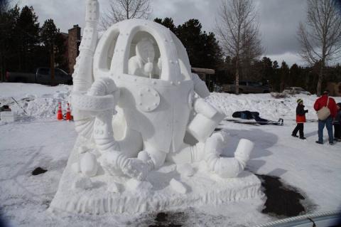 В городе Брекенридж прошёл Международный чемпионат снежных скульптур