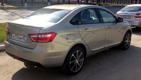 Lada Vesta получила новую топовую версию Exclusive