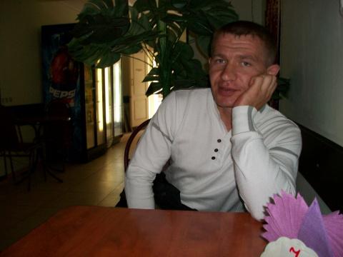 Олег Волощенко