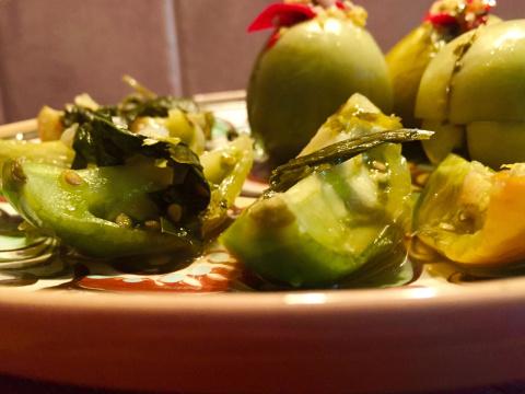 Часть вторая . 2 рецепта  не менее вкусных зеленых помидор