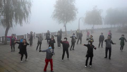 Пекин накрыло густым смогом