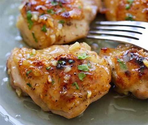дижонская курица с чесноком под медом