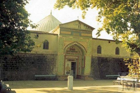 Самые древние здания в России