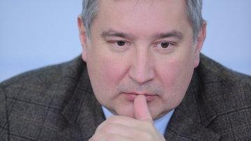 """Рогозин поедет в Ульяновск на авиафорум и поиски """"базы НАТО"""""""