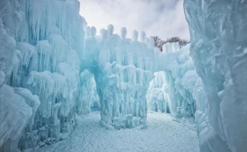 Ледяные замки Брента Кристенсена
