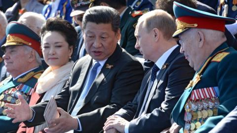 Россия и Китай: стоит ли Аме…