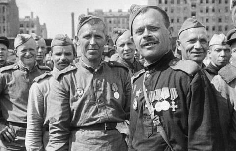 Зачем в 1943 году Иосиф Стал…
