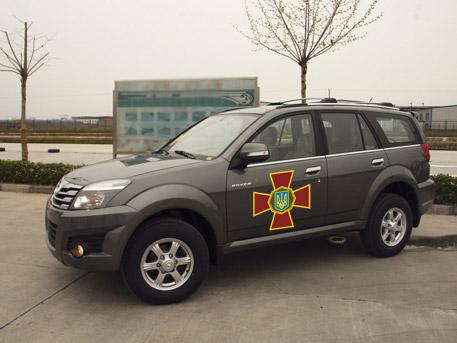 Порошенко продает украинским военным китайские внедорожники втридорога