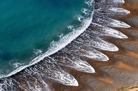 Загадочное явление на пляже,…
