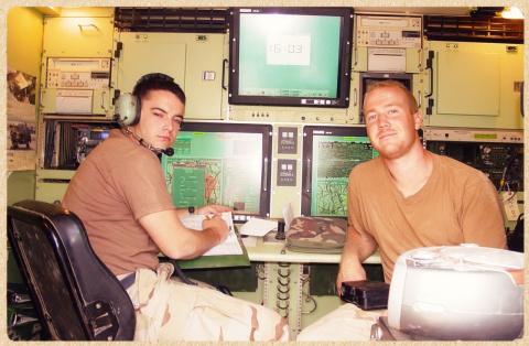 Скандальное признание оператора беспилотного самолета, где он признаётся как их тренировали стрелять в живых людей.
