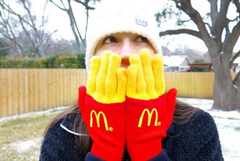 «Фри»-перчатки от Макдональдс