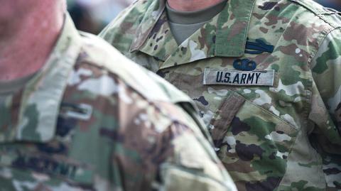 В магазине Львова внезапно умер военный инструктор США