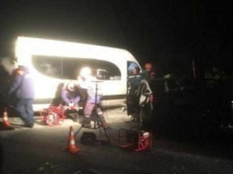 Очевидцы публикуют первые кадры смертельного ДТП под Мурманском
