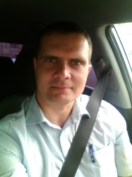 Дмитрий Назарычев