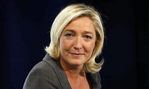 Ле Пен выдвинет свою кандидатуру на парламентских выборах во Франции