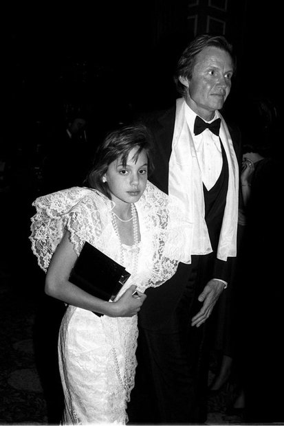 Как менялся стиль Анджелины Джоли с 1986 года до наших дней