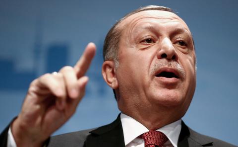 Эрдоган обвинил США в финанс…