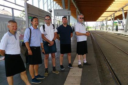 Водители автобусов в Нанте н…