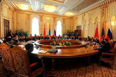 Переговоры с Председателем КНР Си Цзиньпином и Президентом Монголии Цахиагийн Элбэгдоржем