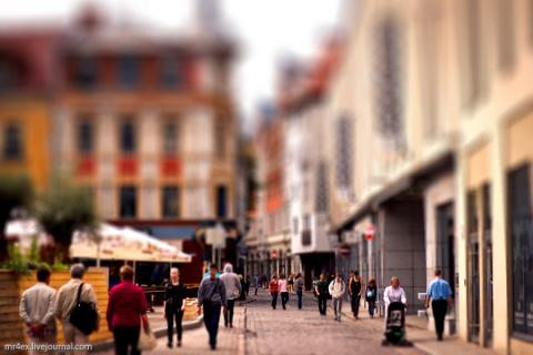 Рига. Старый город среди иностранцев