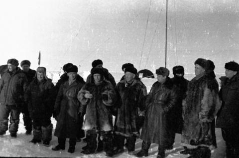 Советские исследователи на С…